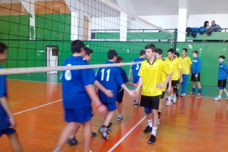 38 ОУ  се класираха за градското по волейбол | IMG_20150320_114404.jpg