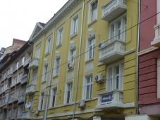 Реновираната фасада на ул. 'Граф Игнатиев' 3 | Grafa_3_sega.jpg