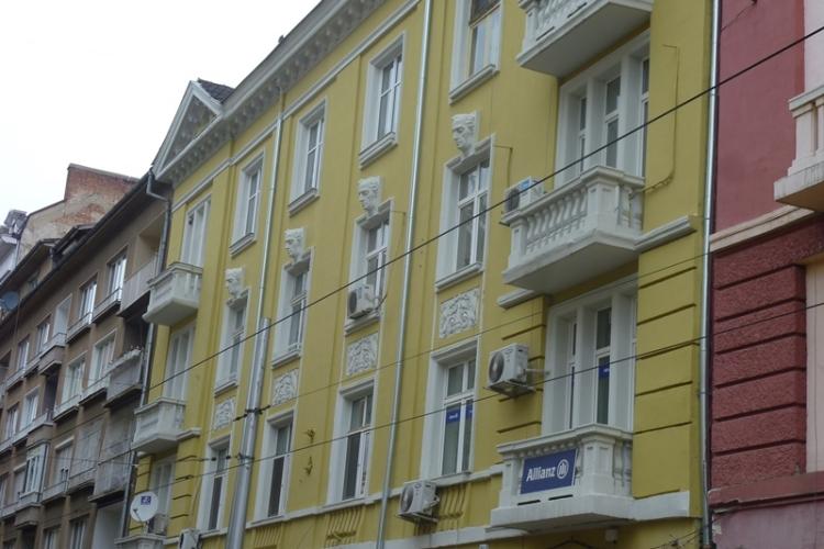 Реновираната фасада на ул. 'Граф Игнатиев' 3   Grafa_3_sega.jpg