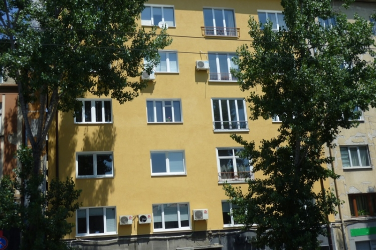 Изцяло е реновирана фасада на бул. 'Васил Левски' 31   Levski_31.jpg