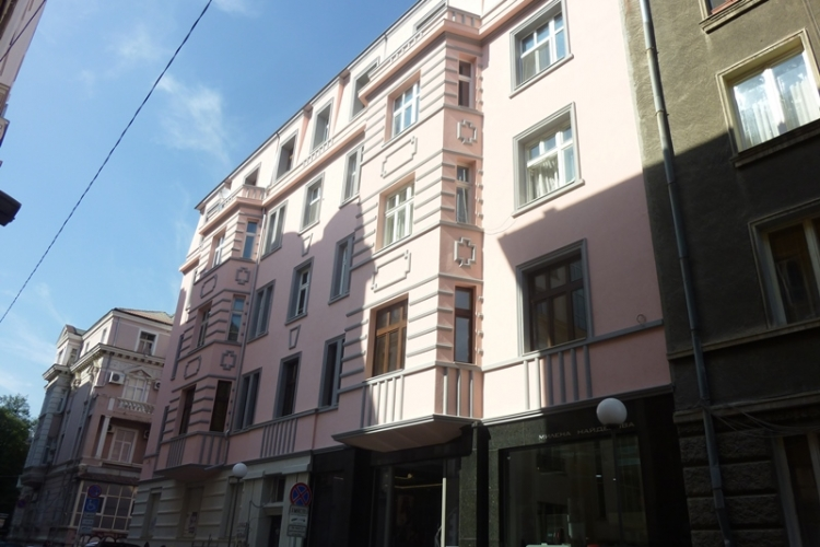 Реновираната фасада на ул. 'Аксаков' 9 | sega-aksakov.jpg